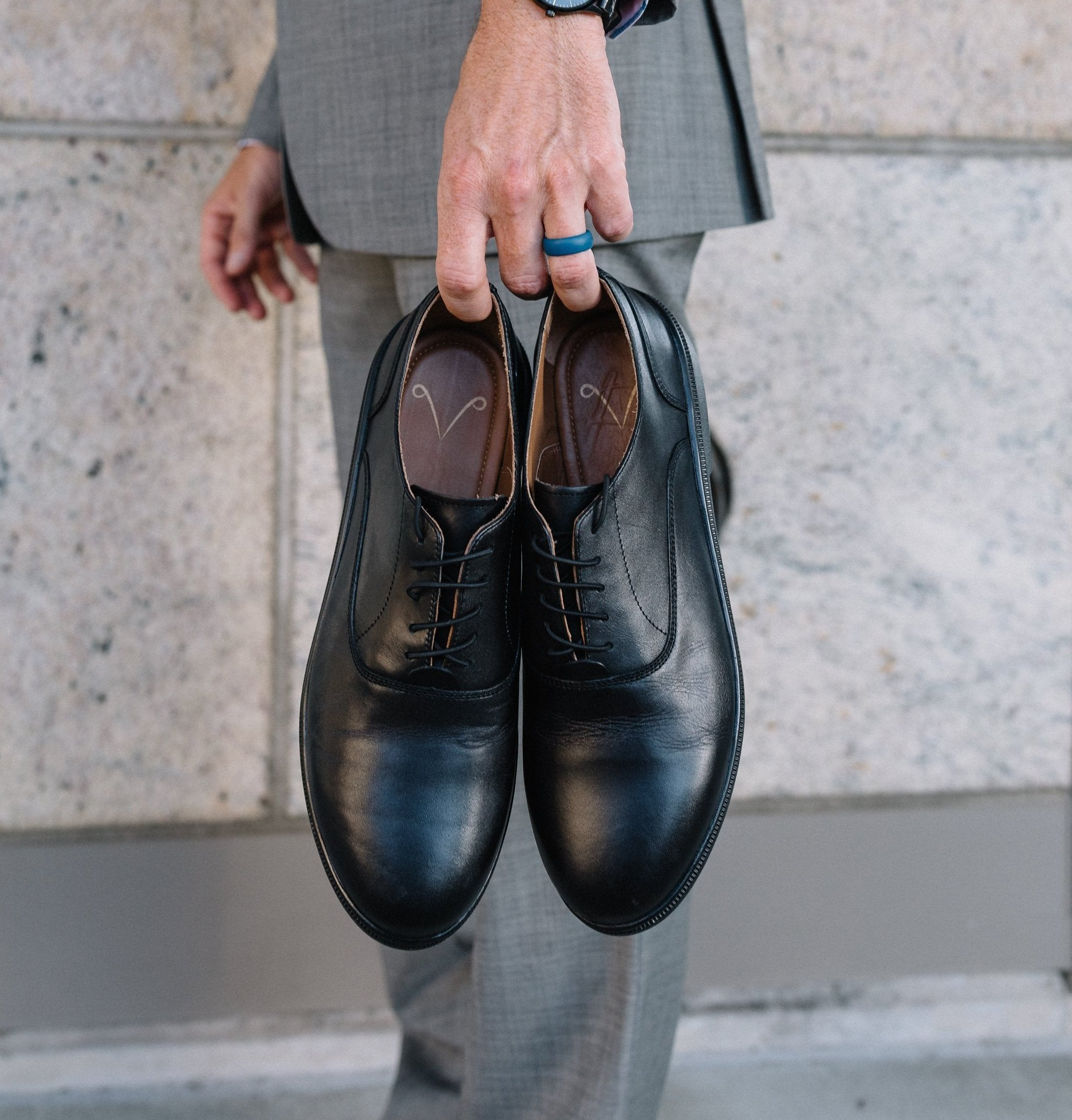 ZETONE Plain-Toe, Black