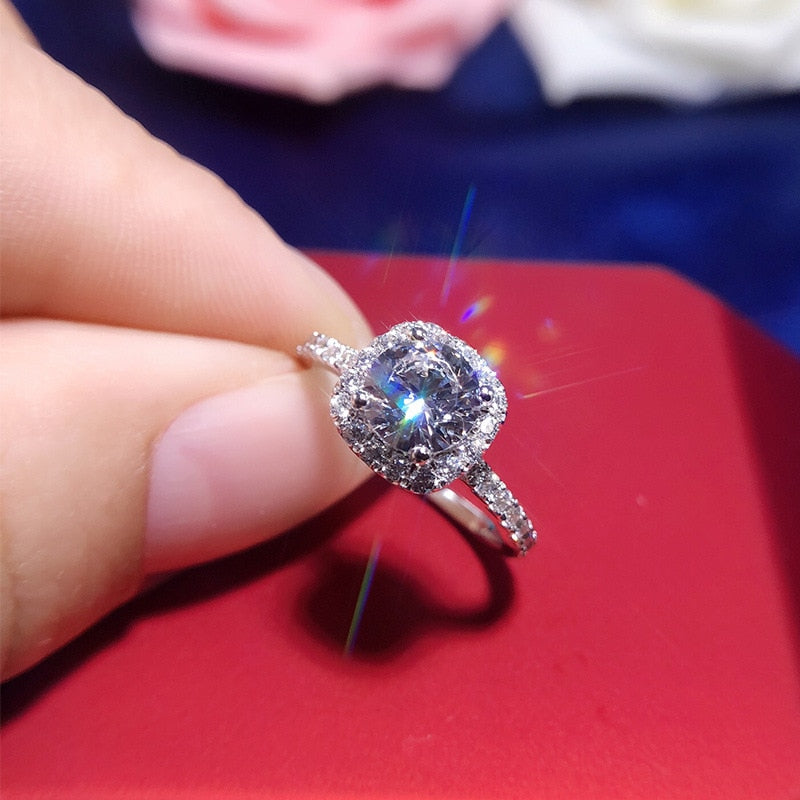 2ct Carat Retro Luxury Engagement Ring  AAAAA High Quality  925 Pure Silver White Gold Color