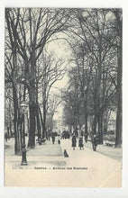 Load image into Gallery viewer, Vintage Switzerland Photo Postcard - Geneva - Avenue des Bastions (AN49)