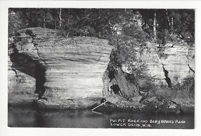 Vintage Photo Postcard - Pulpit Rock & Baby Grand Piano, Lower Dells, WI (AJ4)