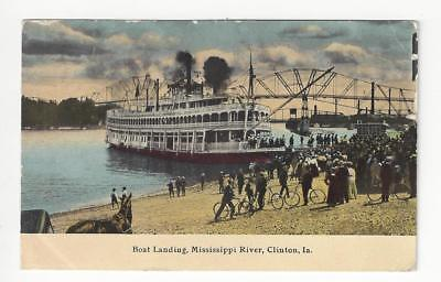 1912 USA Picture Postcard - Boat Landing, Mississippi River, Clinton, IA (AM62)