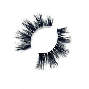 """HOT STUFF"" PREMIUM SILK LASHES"