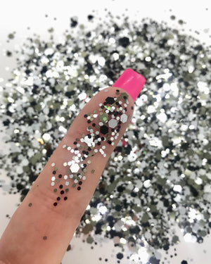 """DISCO QUEEN"" LOOSE CHUNKY GLITTER"