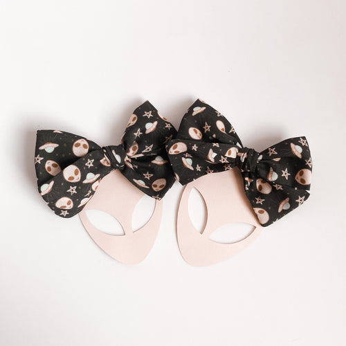 Pink Galaxy Mini Bow