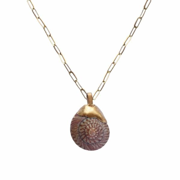 Wira Shell Necklace