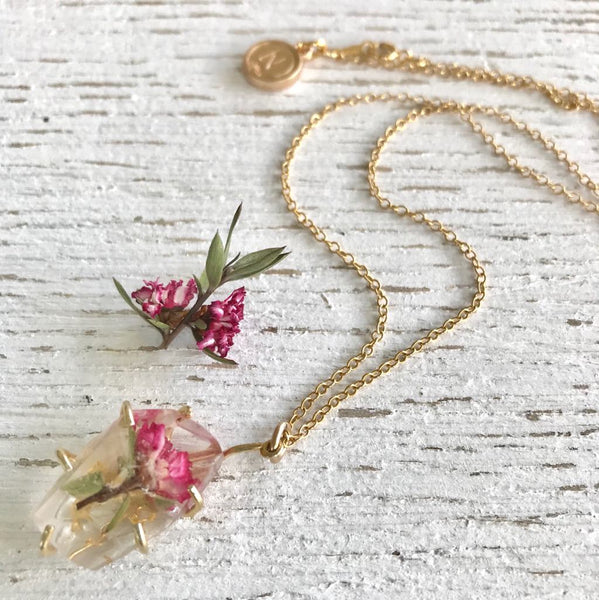 Gemento Necklace - Pink Manuka Flower