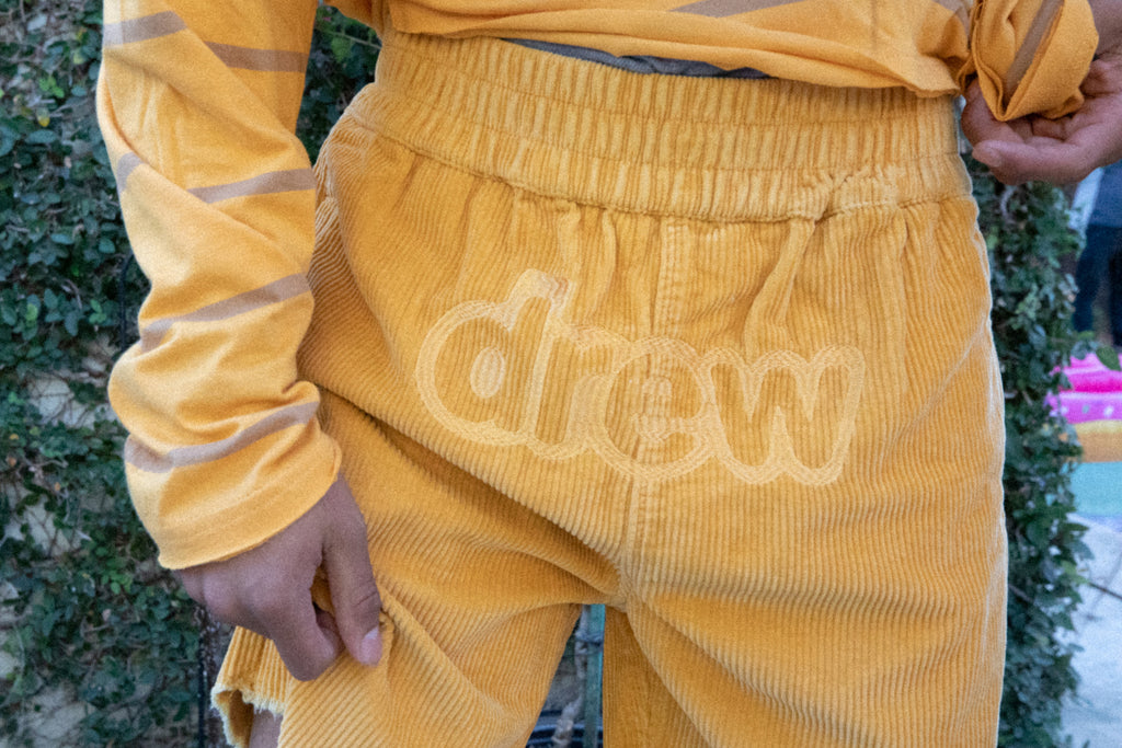 corduroy short - golden yellow