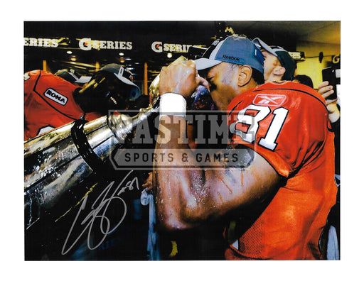 Geroy Simon Autographed 8X10 B.C Lions Home Jersey (Drinking From Cup) - Pastime Sports & Games