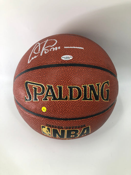 Artis Gilmore Autographed Basketball - Pastime Sports & Games