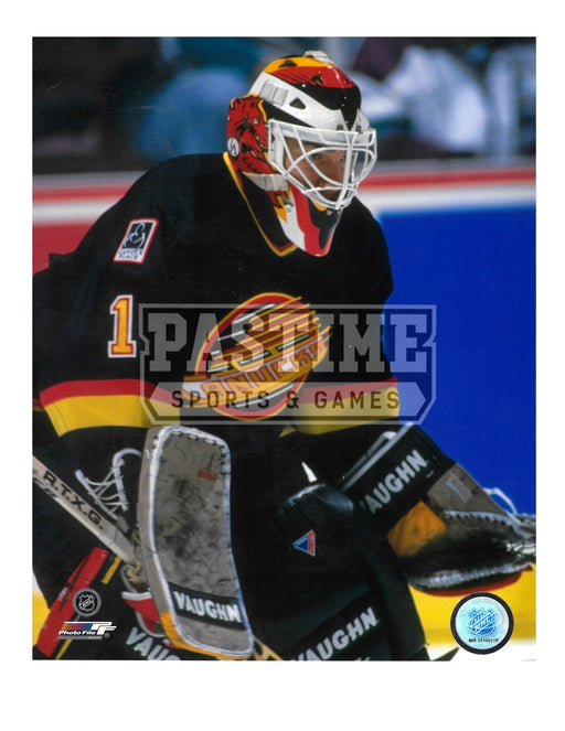 Kirk Mclean 8X10 Vancouver Canucks 94 Home Jersey (Close Up Side View)