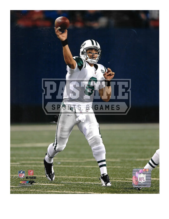 Mark Sanchez 8X10 New York Jets Away Jersey (Throwing Ball) - Pastime Sports & Games
