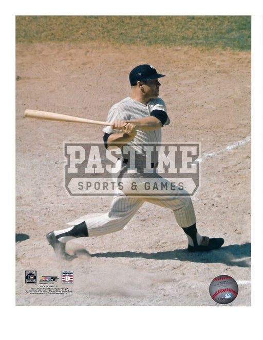 Mickey Mantle 8X10 New York Yankees (Swinging Bat) - Pastime Sports & Games