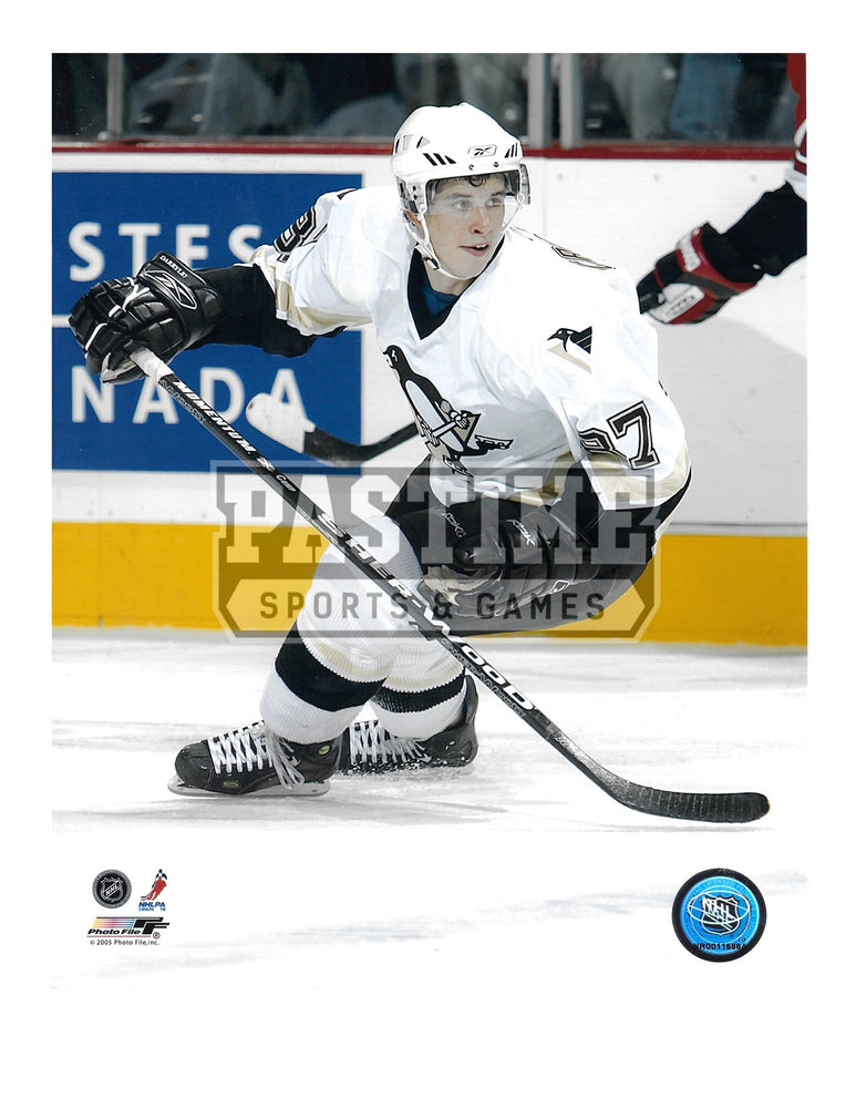 Sidney Crosby 8X10 Pittsburgh Penguins Away Jersey (Skating) - Pastime Sports & Games