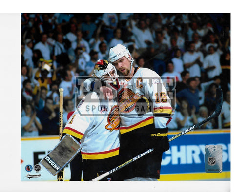 Trevor Linden Kirk Mclean 8X10 Vancouver Canucks Away 94 Jersey (Arm Around Kirk) - Pastime Sports & Games