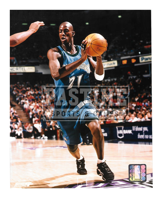 Kevin Garnett 8X10 Minnesota Timberwolves (With Ball) - Pastime Sports & Games
