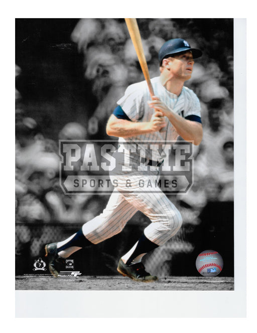 Mickey Mantle 8X10 New York Yankees (About To Run) - Pastime Sports & Games