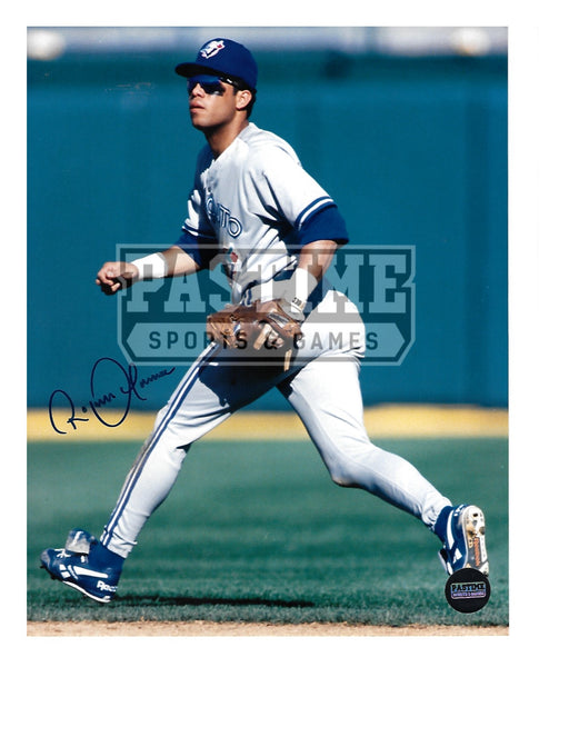 Roberto Alomar Autographed 8X10 Toronto Blue Jays (Sunglasses On) - Pastime Sports & Games