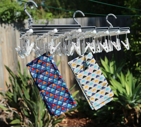 Expandable and collapsible clothes airer for small clothes like socks and underwear | Soko & Co