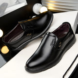 New Arrival Men Slip On Leather Shoes Solid Color Business Flat Loafer Shoes Top Quality Men Formal Shoes