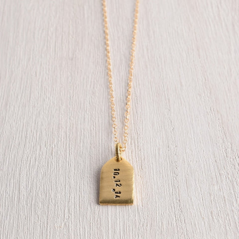 SIMPLE PERSONALIZED TAG NECKLACE