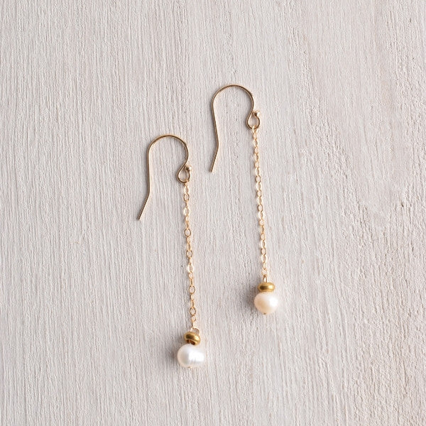 WHITE TRUFFLE PEARL DROP EARRINGS