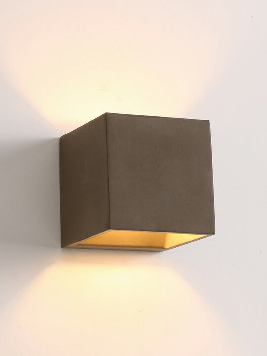Ceramic Wall Lamp | Retro Design