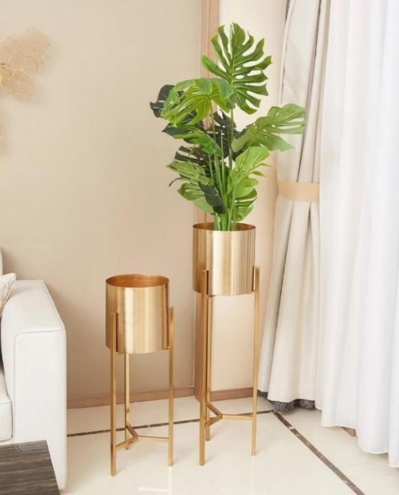 TG Decorative Bronze Vase | Decor Series