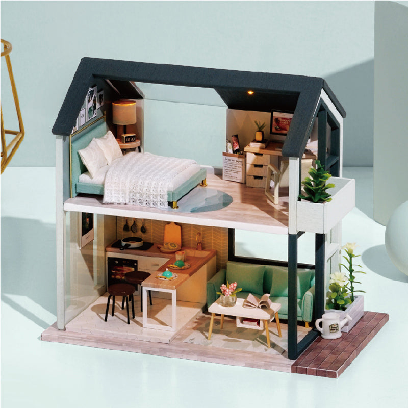 DIY Miniature Harvey's Loft