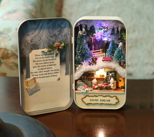 DIY Miniature Snow Dream Box Theater