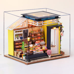 DIY Miniature Alexa's Cake Shop