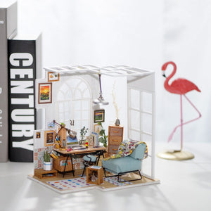 DIY Miniature Soho Time Dollhouse