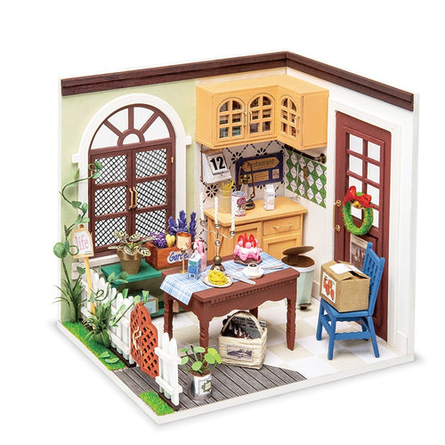 Miniature DIY Charlie's Dining Room