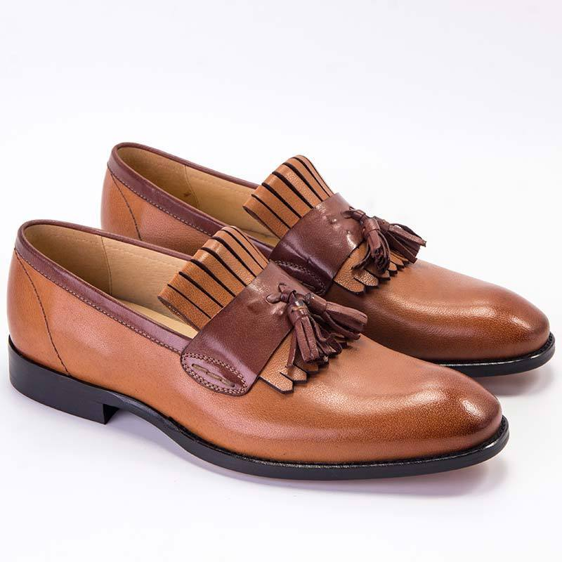 Leather retro handmade tassel color matching square head shoes