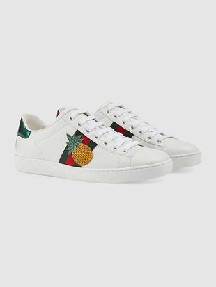 Unisex Pineapple Insect Embroidery Sneakers