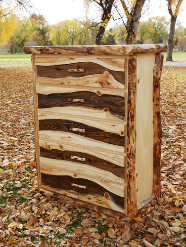 Gorgeous handcrafted solid wood modern Aspen alpine five drawer chest. Made in the U.S.A. from aspen or quakie logs. Very classy and comfortable. Will go great in any bedroom or cabin setting. Offers plenty of storage with its big spacious drawers. The quality is unbeatable.