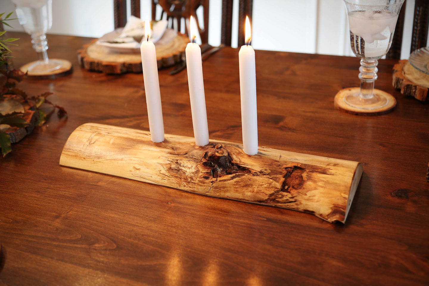 Gorgeous handcrafted solid wood modern live edge bark aspen quakie candle holder. Made in the U.S.A. these candle holders are very classy and elegant. Sure to be a conversation piece in any home or cabin. Use these chargers to place plates on to complete your dining, coffee or end table.