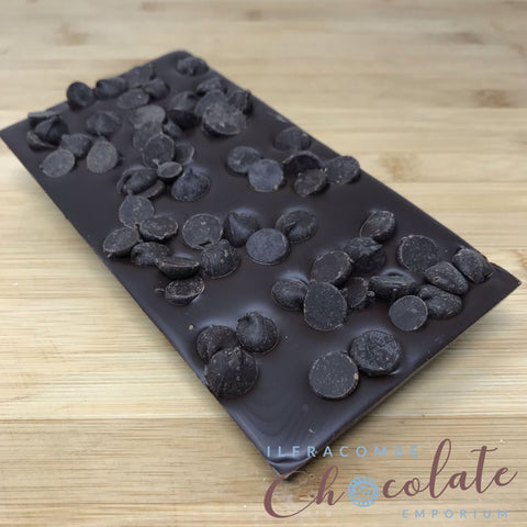 Deluxe Dark Chocolate Bar with 70% chocolate drops