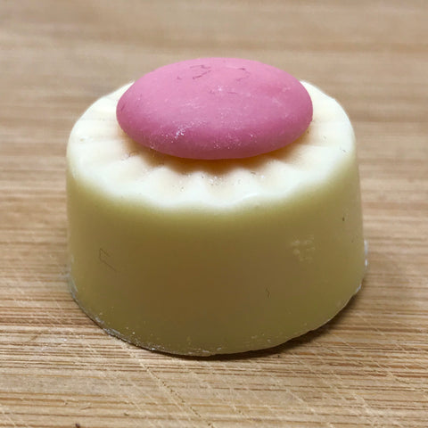 Handmade White chocolate with Strawberry fondant