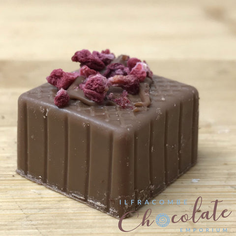 Handmade Milk chocolate with Raspberry fondant
