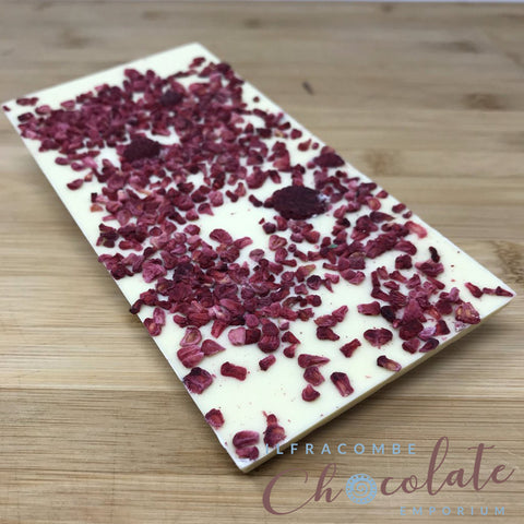 Deluxe White Chocolate Bar with Raspberry crumble
