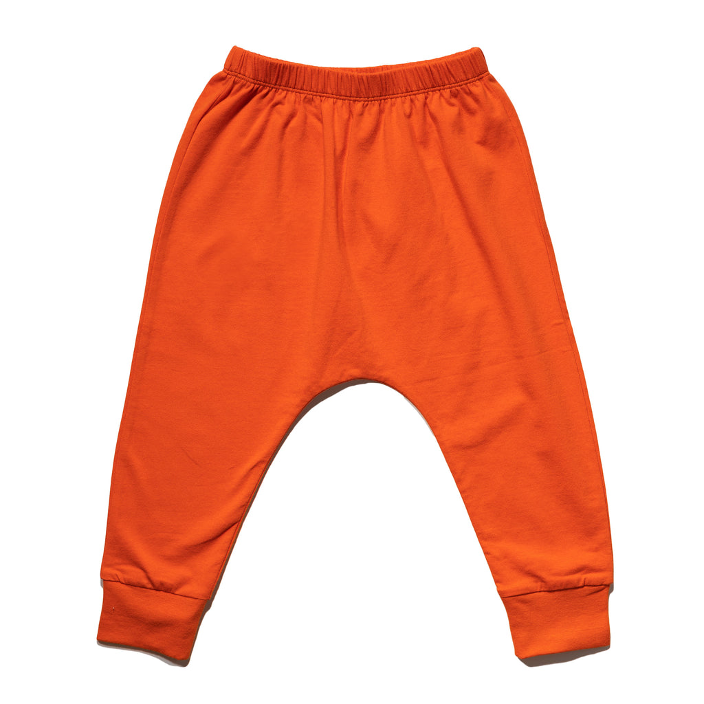 kids' knit jogger front in sunkist to match with mommy & me dress, daddy & me outfits.