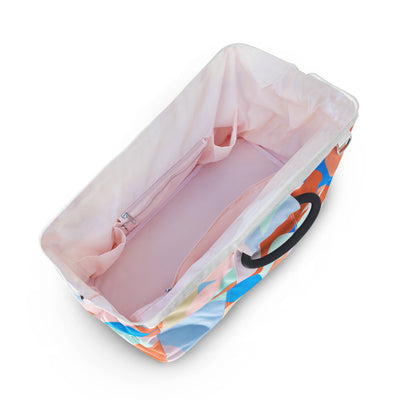 mint interior of Kahoots leisure bag in Riviera print