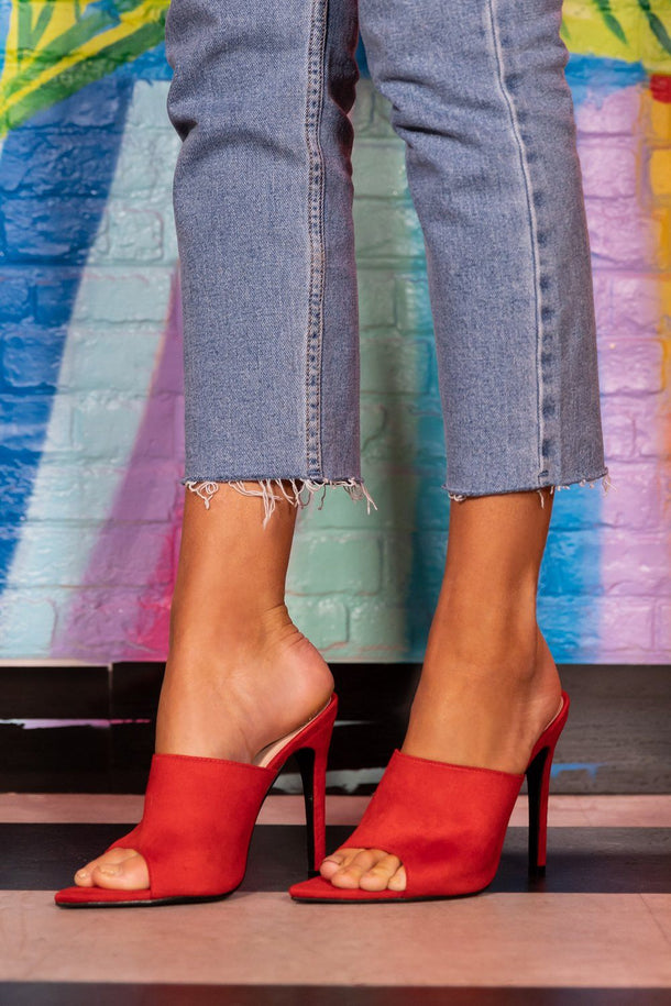 Mollie Mule Heel in Red