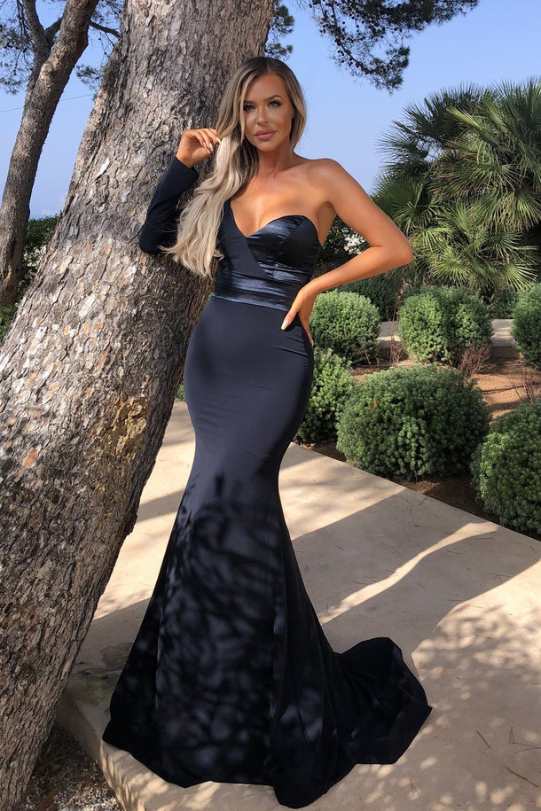 Aaliyah One Shoulder Gown in Navy