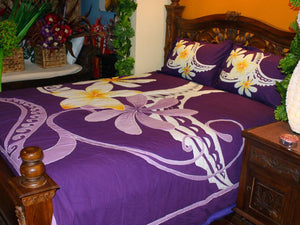 Polynesian Quilt - Frangipani and manutai tattoo on a purple background