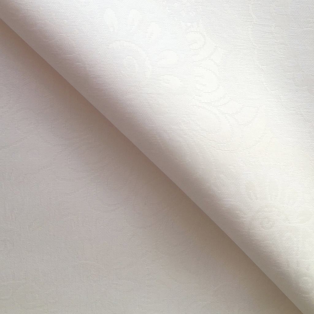 Arctic White 140cm Wipe clean Acrylic Tablecloth