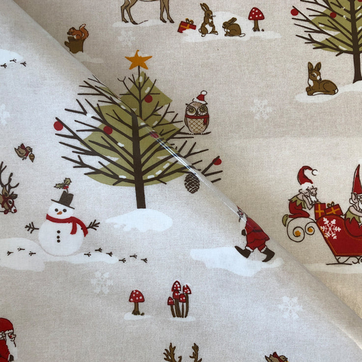 Christmas Scene 130cm Wipe clean PVC/Oil Cloth Tablecloth