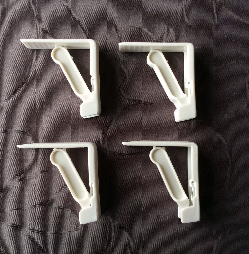 White Tablecloth Clip (4 pack)