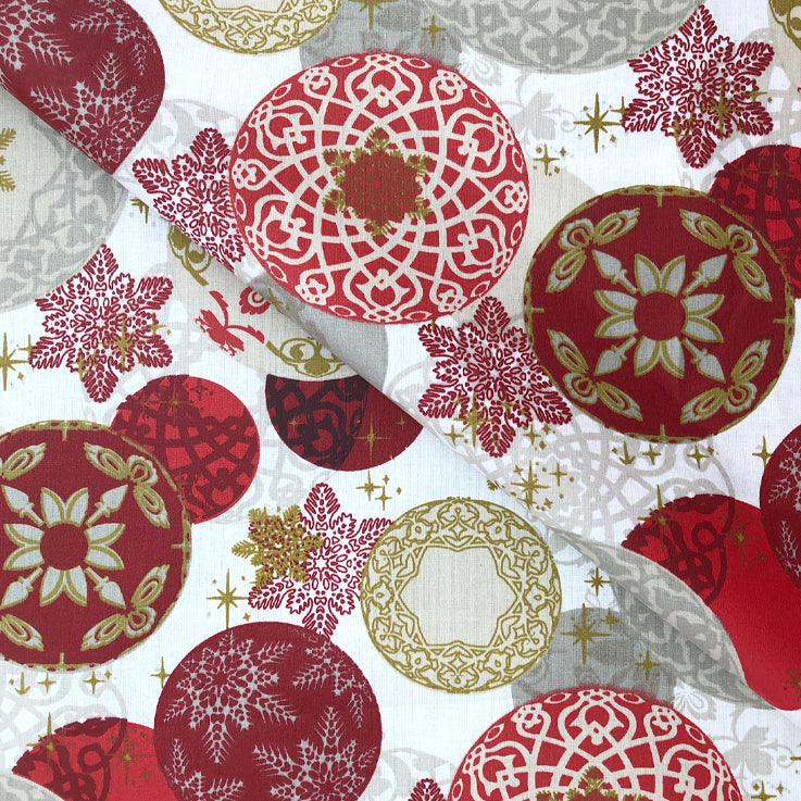 Christmas Baubles 155cm Wipe clean Acrylic Tablecloth