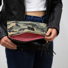 Load image into Gallery viewer, Foldover Clutch - CAMO
